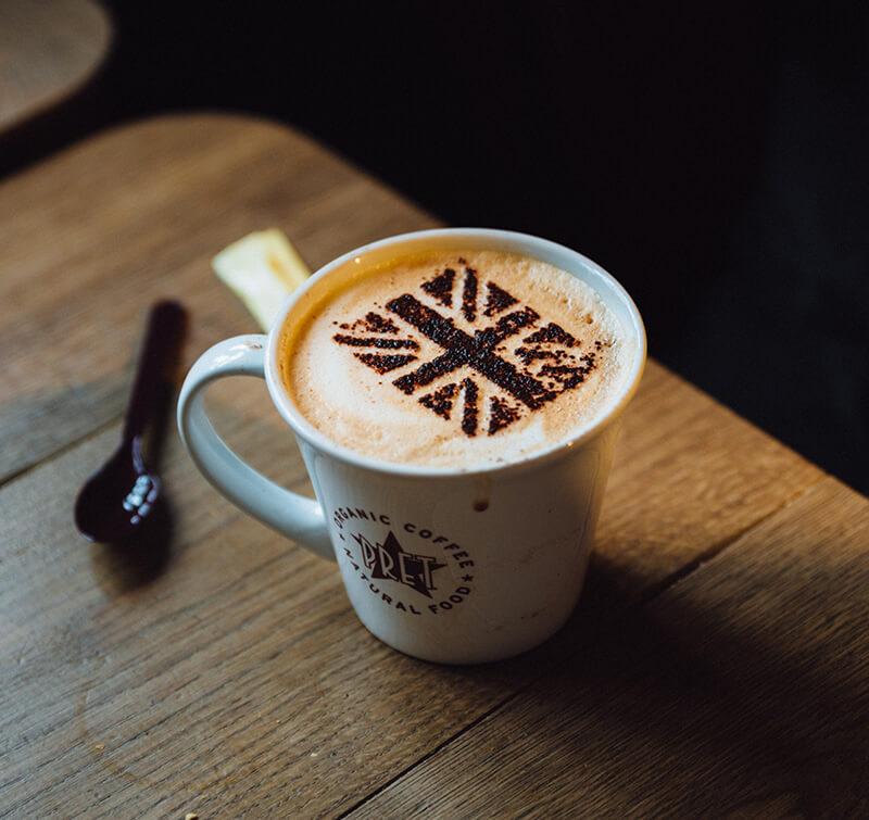 イギリス国旗が浮いているコーヒー