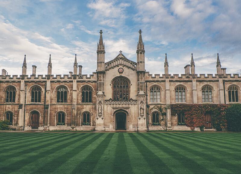 イギリスの大学の校舎